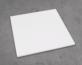 De hoeken en zijkanten van de infraroodverwarming zijn netjes afgerond. De infraroodverwarming is gemaakt van 0,8 mm dik staal aan de voorzijde en 0,8 mm dik aluminium aan de achterzijde.